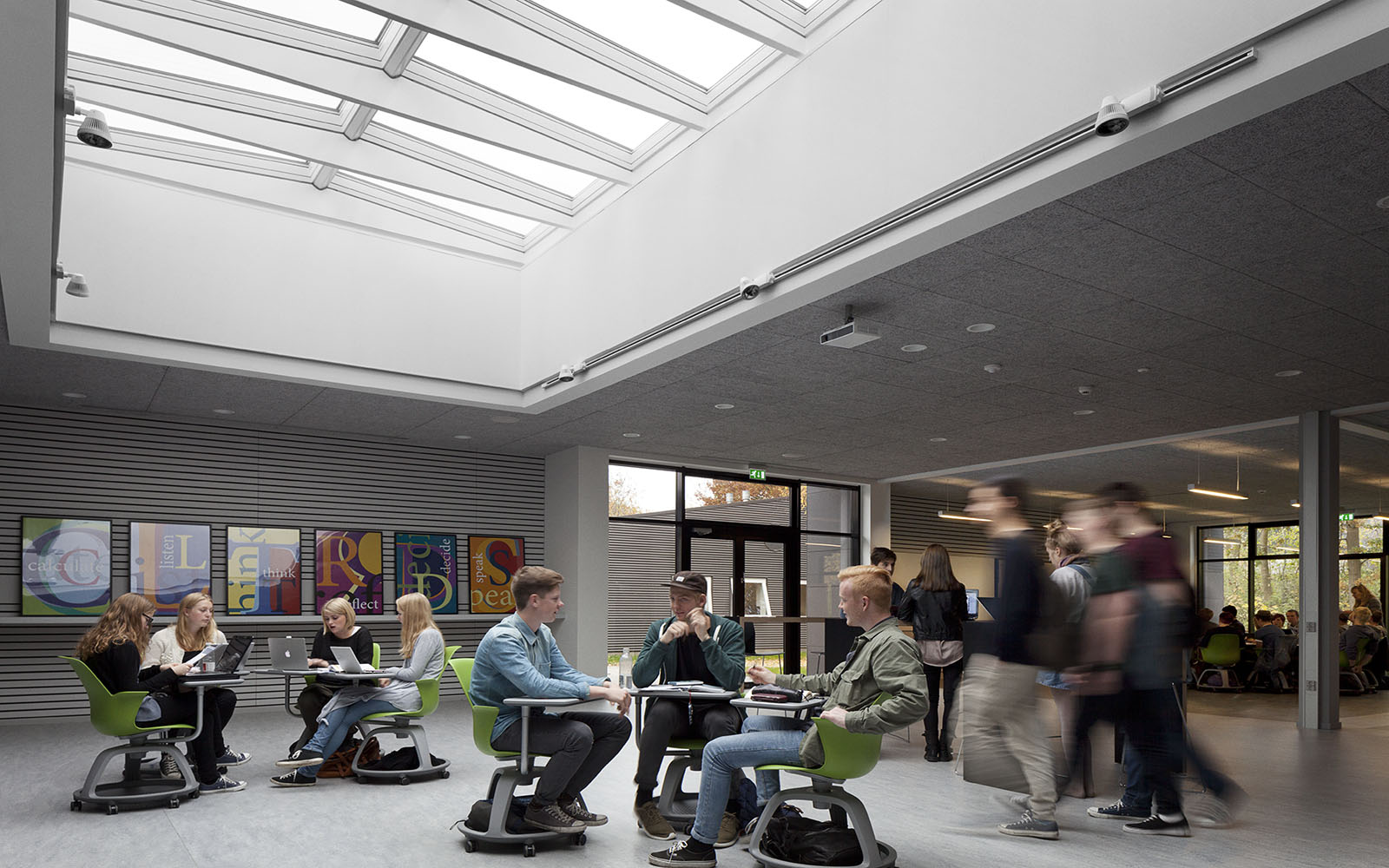 Schulgestaltung mit Tageslicht und Modular Skylights